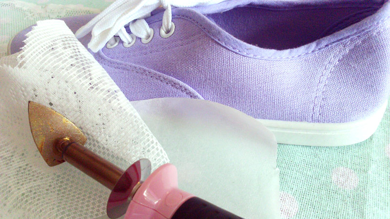 Embellishing Shoes with Vliesofix