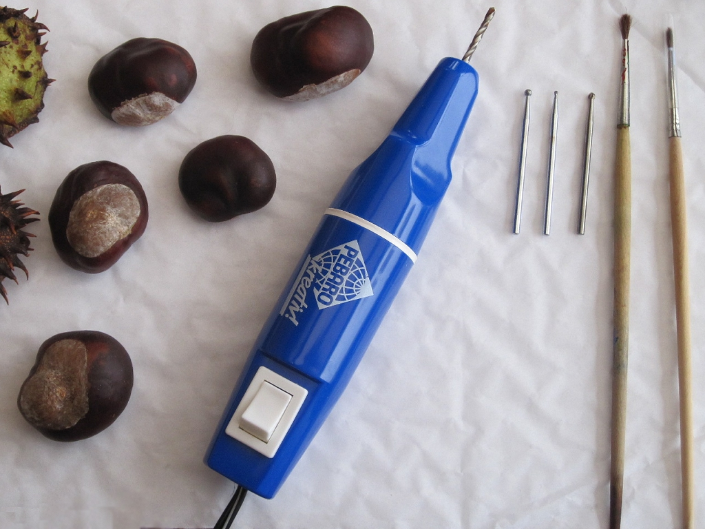 Craft ideas for the autumn by Pebaro - Decorative Chestnuts with Pebaro`s Hobby Drill
